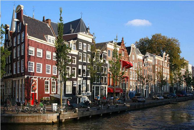 Walking Dinner Amsterdam. Happen en Stappen.